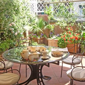 Dove alloggiare a roma eventi a roma - Terrazzi arredati e fioriti ...